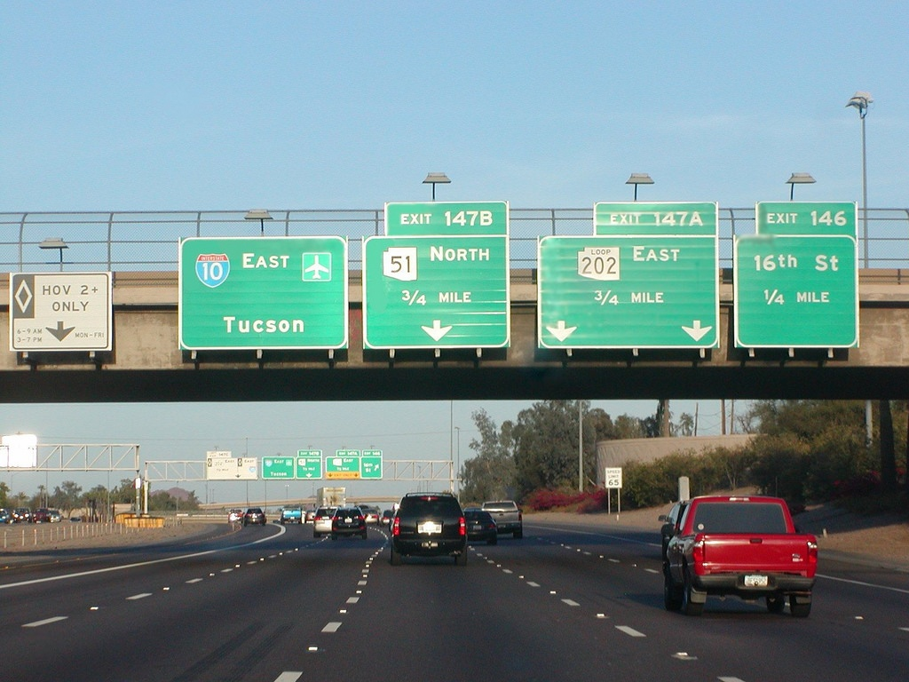 Distance From Phoenix to Tucson