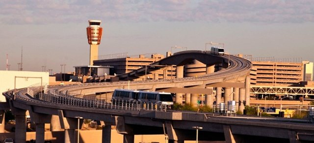 phx-sky-train-from-east.jpg