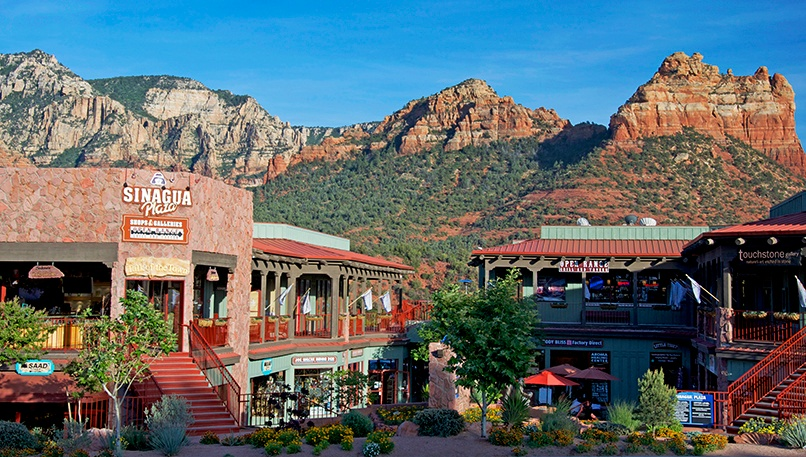 town-of-Sedona-shopping